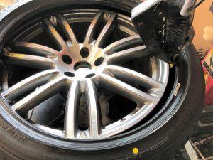 マセラティ ギブリ タイヤ交換