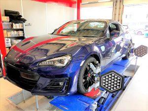 国産車スバルBRZ4輪アライメント調整センサー取り付け