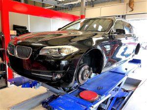 輸入車BMW5シリーズF11持ち込みランフラットタイヤ交換