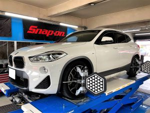 BMW(X2)F39の4輪アライメント調整