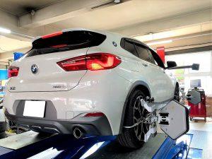 輸入車BMWのX2 アライメント調整