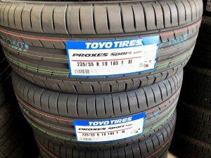 トーヨータイヤのプロクセススポーツタイヤサイズ235/55R19